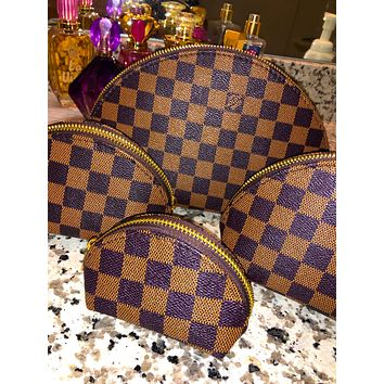Free shipping-LV Tide brand classic old flower female makeup bag shell bag four-piece Coffee Tartan