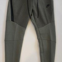 KUYOU Nike Tech Fleece Bottom Dark Stucco Heather Black 805162-005