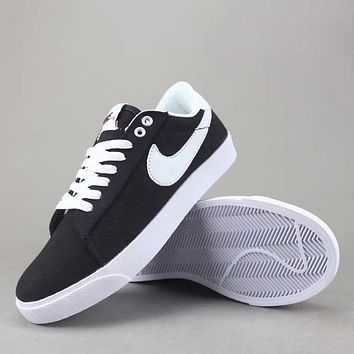 Trendsetter Wmns Nike Tennis Classic Ac Women Men Fashion Casual Low-Top Old Skool Shoes