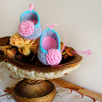 Grey pink handmade crochet baby shoes, Ballerina Baby Girl Crochet Shoes with pink flower