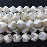 grey and white Dzi Tibetan rond beads - faceted Dzi jewelry beads - white agate gemstone - faceted loose gesmtone  -15inch