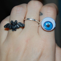 BLUE GOOGLY eye ring