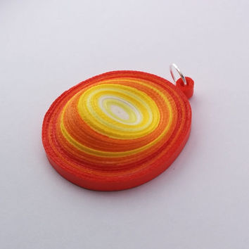 Orange paper quilled pendant, orange pendant, round pendant in red, orange and yellow, paper necklace