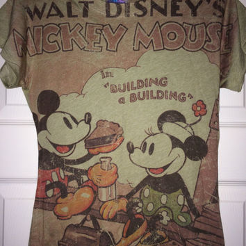 6bfddcdb4 Vintage MICKEY and MINNIE MOUSE Love T shirt Disney cloth