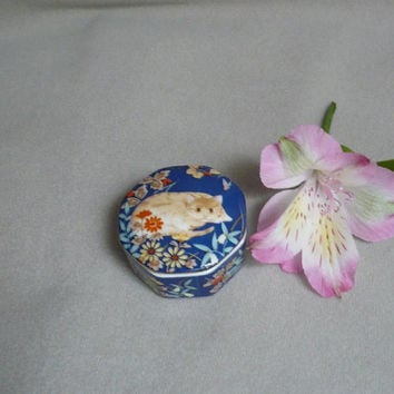 Takahashi trinket box Cat hand decorated Kathy 1984
