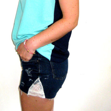 American Eagle Med Waist Cut Offs with Lace Sides, Dark Jeans, Raw Jean Shorts Lace, Cut Off Shorts, Med Waist Festival Shorts, Cut Offs