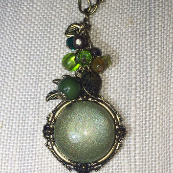 Victorian Necklace, Victorian Jewelry, Green Necklace, Leaf Necklace, Green Crystal, Leaf Charm, Green Charm, Forest, Green Stone, Shimmer