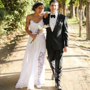 2015 Sexy Bohemian Lace Beach Wedding Dress Romantic Chiffon Spaghetti Straps Backless Boho Vestido De Noiva Summer Bridal Gowns