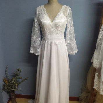 Mediaeval Times Long Flare Sleeves Vintage Wedding Dress with Spaghetti Straps and Removable Chiffon Sash Boho Country Bridal Gown  (W068)