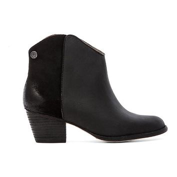 Koolaburra Notela Bootie in Black