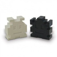 Retro Arcade Alien Space Invaders Salt and Pepper Shakers