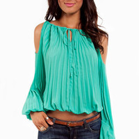 Unfolded Shoulder Top ~ TOBI