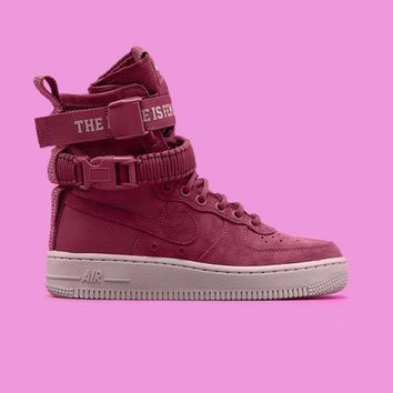 spbest NIKE - Women - W SF Air Force 1 - Red