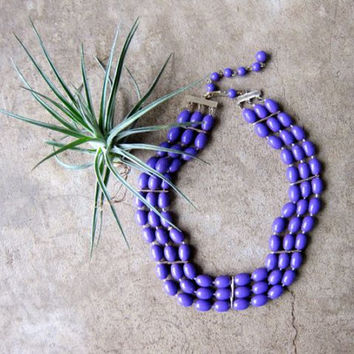 Vintage Purple Necklace Multi Strand Necklace 3 Strand Plastic Faceted Choker Mod Necklace Beaded 80s Costume Jewelry Hipster Womens
