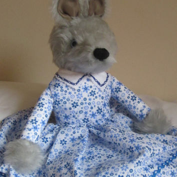 Ltd Ed Wolf Grey Plush Toy, Cuddly Grey Plush Toy, COLDHAMCUDDLIES Product, Collectable Toy. Toddler Toy, Traditional Tots Toy. Special Gift