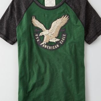 AEO Men's Applique Graphic Vintage T-shirt