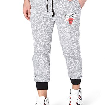 Chicago Bulls Tossed Logo Jogger