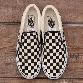 shosouvenir:Vans Checkerboard Slip-On Sneaker