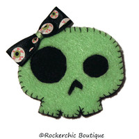 Rockabilly Hair Clip - Skull with Bow, Green, Black, Eyeballs - Psychobilly, Halloween, Womens, Costume, Punk Rock, Cute and Creepy