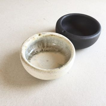 INCENSE HOLDER BOWL White Black, incense stand, ceramic, pottery, handmade, incensebowl, bowl, incense tray, burner, palo santo, sage, gift