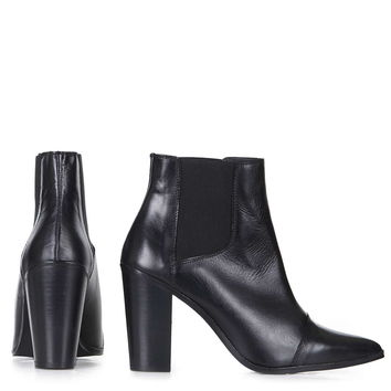MONOPOLY Pointed Chelsea Boots - Topshop