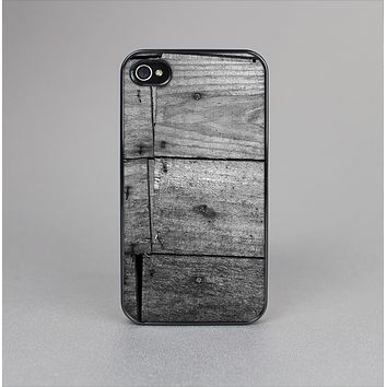 The Gray Worn Wooden Planks Skin-Sert Case for the Apple iPhone 4-4s
