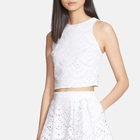 Women's Alice + Olivia 'Tamra' Cotton Eyelet Crop Top