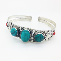 TRIPLE TURQUOISE ➳ NEPALESE CUFF