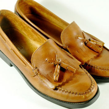 Bass Weejun Leather Loafers Size 8 1/2 by LilytheDogVintage