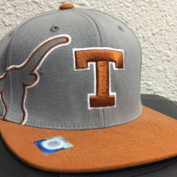 Texas Longhorns Top of The World NCAA Gray Cap HAT Licensed New One Size Twisted