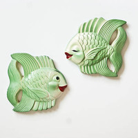 Vintage Chalkware Kissing Fish, 1950s Green Kitschy Ocean Wall Hanging, Miller Studio Bathroom Decor