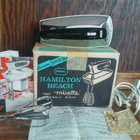 Vintage, Hamilton Beach, Portable Mixer, Super Mixette, Model 79-1, vintage kitchen, in box, like new