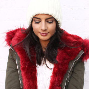 Fur Pom Pom Ribbed Knitted Beanie Hat in Soft Cream