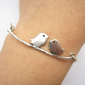 Love bracelet--- antique silver lover birds bracelet,love gift.alloy bracelet