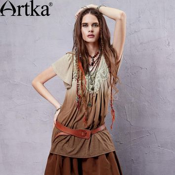 ARTKA Women's Summer New Dip Dyed Appliques Decoration T-shirt Vintage O-Neck Butterfly Sleeve Gradients Color Tees TA14155X