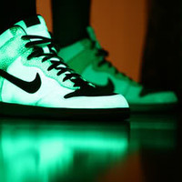 glow, high tops, light, neon, nike, pretty - inspiring picture on Favim.com