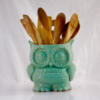 ceramic owl planter  in MINT large  vintage style home decor