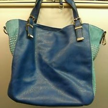 New with tags Faux Leather Teal and Blue Bling Purse