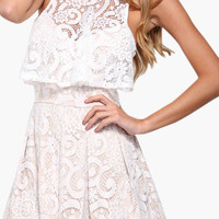 Sleeveless Lace Overlay Pleated Romper