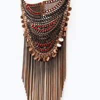 Mesh necklace with chains and beads