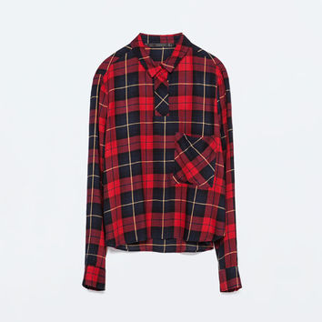 Short check shirt