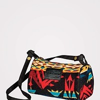 Echo Peaks Travel Kit With Strap