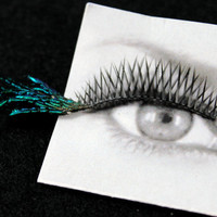 Iridescent Blue Green Peacock Fanned Out Feather False Eyelashes