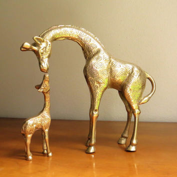 Vintage Brass Giraffes Figurine, Brass Figurines, Mother and Baby Giraffe Figurines, Brass African Animal Statues, Pair