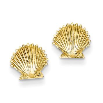 8mm Scalloped Shell Post Earrings in 14k Yellow Gold