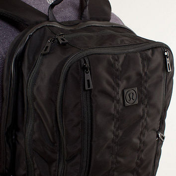 urban trekker backpack | men's bags | lululemon athletica