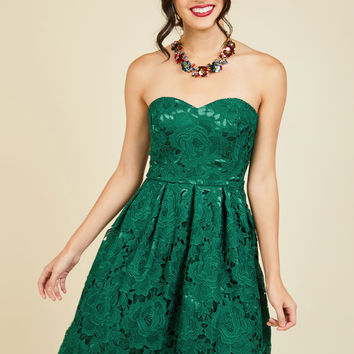 Lasting Expression Lace Dress in Forest | Mod Retro Vintage Dresses | ModCloth.com