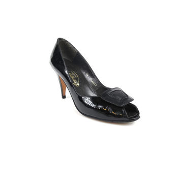 Vintage Black Kitten Heels Patent Leather Pumps Black Peep Toe Pumps 1980s High Heels Pilgrim Buckle 1950s Style Shoes Low Heeled  7.5 AA