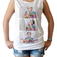 Miley Cyrus ice cream Actress Singer Pop Rock R&B - women's singlet Tank Top shirt - Billboard Hot music XS - S - M - L