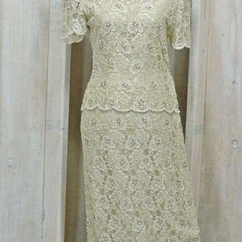 Vintage Beaded Lace dress  / size 7 / 8 / Ivory / lace evening gown / 1980s Stennay / Wedding / Formal